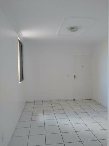 Apartamento 42m, 2 quartos, 1 vaga, Condomínio Lúcio Costa