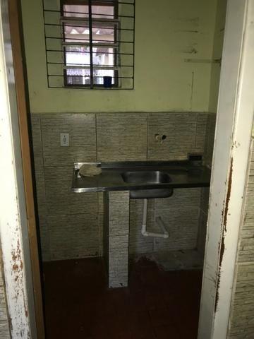 Casa em vila - Quarto, sala, cozinha, banheiro e área em Éden, São João de Meriti - Foto 2