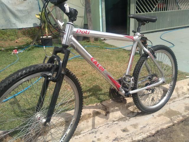 Bicicleta aro 26 Caloi - Foto 2