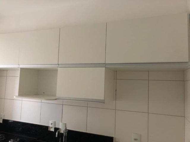 Apartamento com móveis projetados - Cond. Clube Costa Araçagi - Foto 12