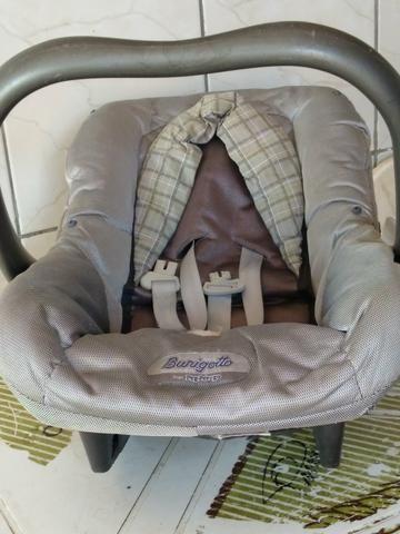 Vende se cadeirinha pra bebê