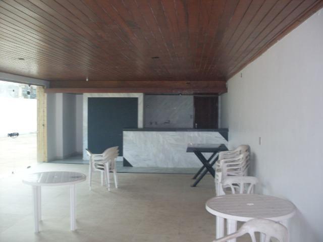 Apartamento na Av. Soares Lopes nº 560 Edif. Morada do Sol - 2º andar