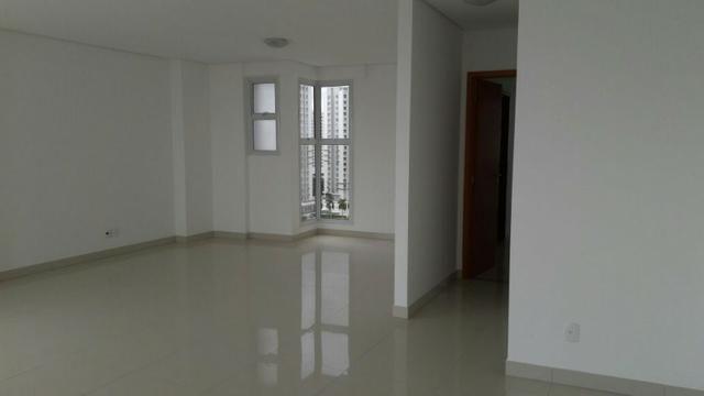 Residencial Bellagio Apto Cobertura Linear de 300m² com 5 Suítes - Foto 2