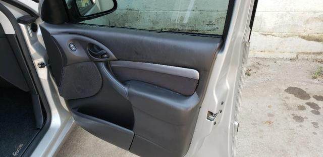 Ford Focus Hacth 2.0 16v Duratec 2007 - Foto 7