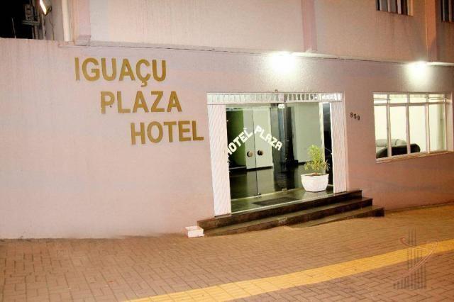 Prédio comercial no centro de Foz para fins hoteleiros com 108 quartos mobiliados!