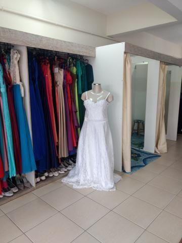 Estoque roupas (loja de trajes) - Foto 2
