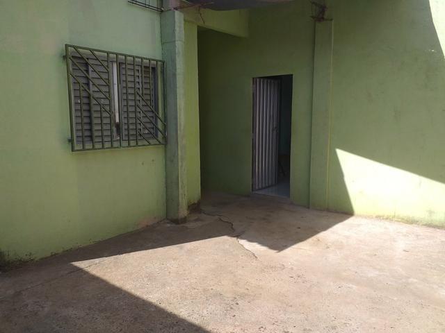 Vendo casa boa q quitada pego carro no negocio - Foto 3