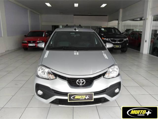 Toyota Etios PLATINUM - Foto 2