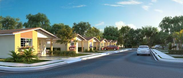 R$ 160.000 Vendo Linda casa com 2 Quartos na Vila Smart Campo Belo, em condomínio Fechado