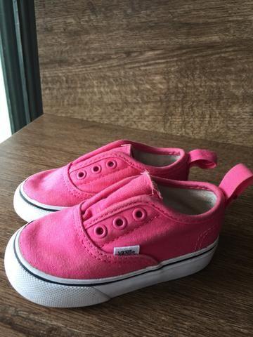 7c56eccc0ea Tênis Vans rosa - Artigos infantis - Guará I