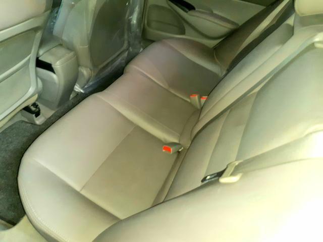 Honda Civic 1.8 LXS, Automático, 09/10 - Foto 7