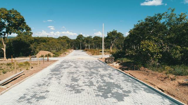 Lançamento todo pavimentado e com area de lazer.a beira do lago corumbá 4