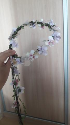 Coroa com Flores Artificiais