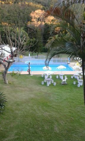 Chácara com triplex, área para festas com 3 piscinas e vagas p/ mais de 40 automóveis!! - Foto 18