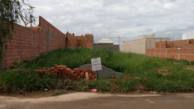 Terreno com escritura registrada no Residencial Souza Queiroz em Cosmópolis-SP. (TE0081)