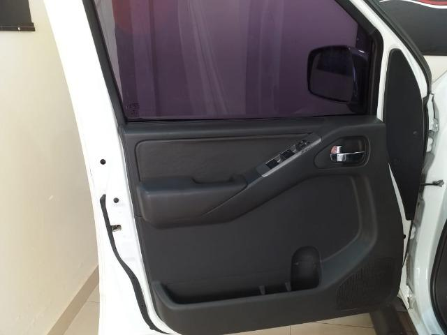 Nissan Frontier SL 2.5 TD CD 4x4 (aut) - Foto 8