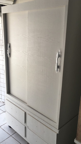 Guarda roupa corrediça 2 portas