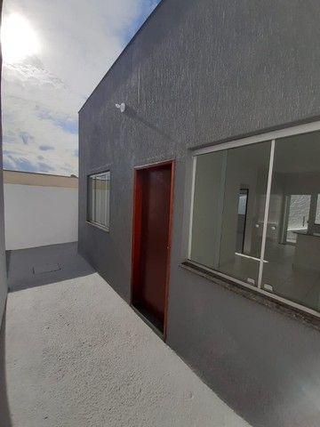 Vende-se Excelente Casa com Área Privativa no Bairro Planalto em Mateus Leme - Foto 5