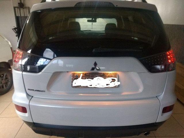 Mitsubishi Outlander 2.0 16v 160cv aut - Foto 2