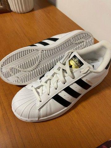 Tênis Adidas Superstar - novo - Foto 2