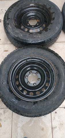 Pneus e rodas aro 17 Hillux - Foto 3