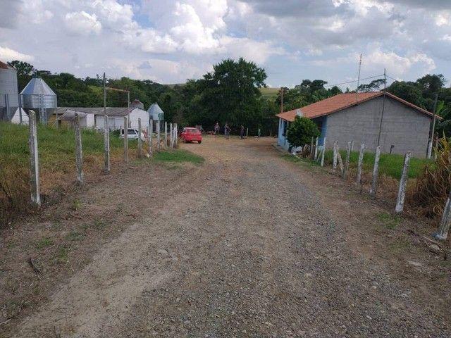 Sítio, Chácara a Venda com 12.100 m², 2 granjas com 13 mil aves cada em Porangaba - SP - Foto 2