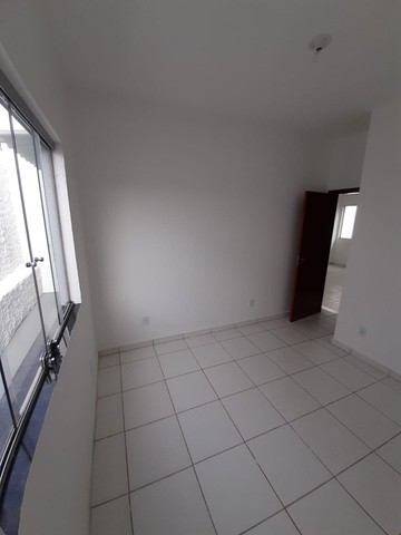 Vende-se Excelente Casa com Área Privativa no Bairro Planalto em Mateus Leme - Foto 14