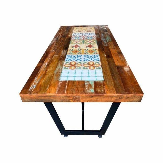 Mesa de jantar 2,40x1,00 rustica em madeira de demolição e ladrilho hidráulico. - Foto 2