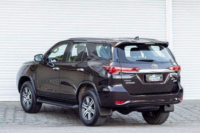 Toyota hilux sw4 4x2 srv flex 2018 automatica *IPVA 2021 PAGO* - Foto 6