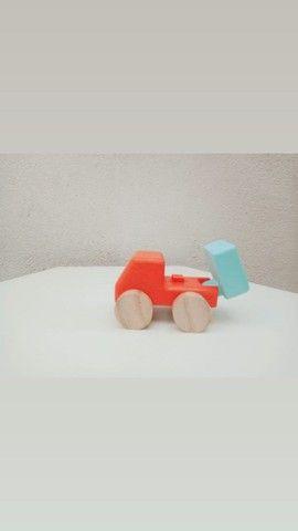 Carrinhos de madeira - Foto 3