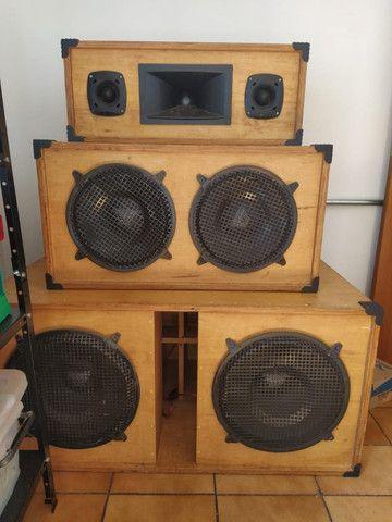Sistema de Som 1900 WRMS real. DBX, Studio R