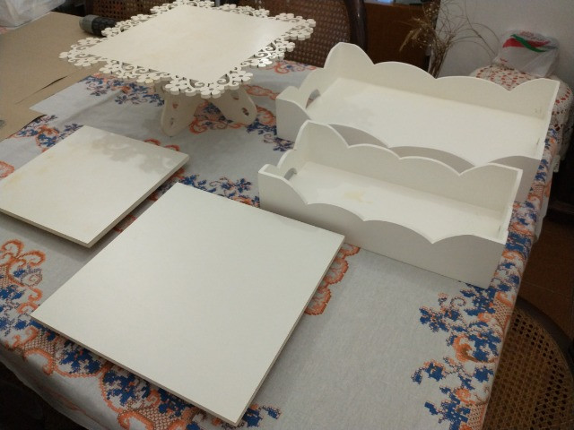 Conjunto de bandejas e base de bolo para festas - Foto 5