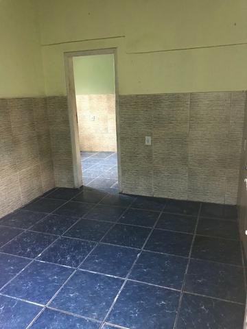 Casa em vila - Quarto, sala, cozinha, banheiro e área em Éden, São João de Meriti