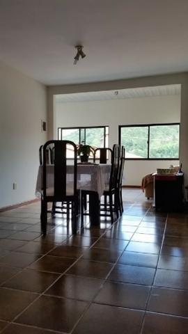 Linda residência com 5 quartos no Vale dos Pinheirros em NF/RJ - Foto 12