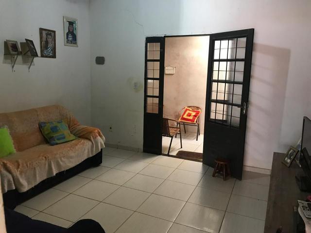 Casa 02 quartos lote 250m2 130mil arapoanga DF