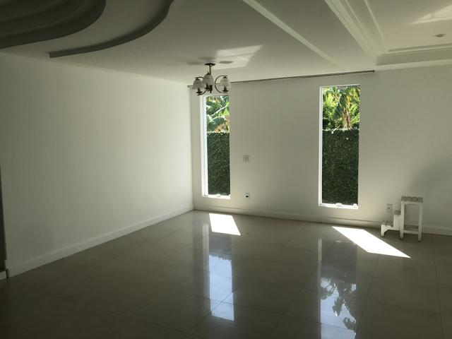 Condomínio Casa 04 quartos, suíte master, piscina, sauna e churrasqueira - Foto 2
