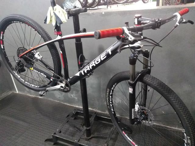 Bicicleta 29 carbono grupo Eagle Sram 12v