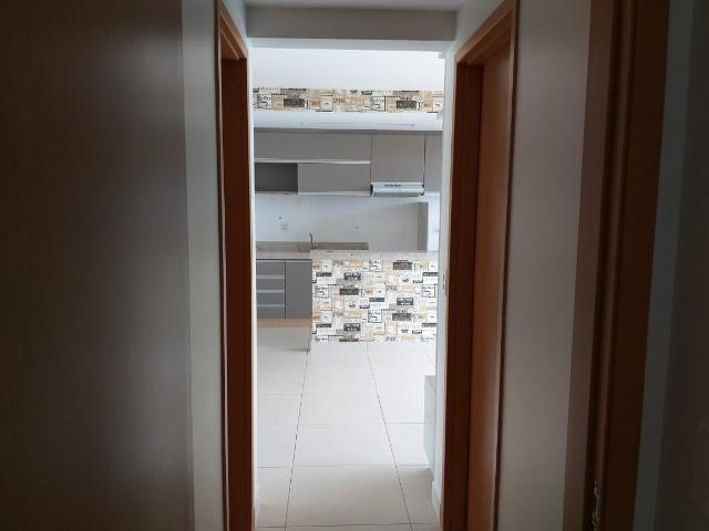 Apartamento Cond. Jardins do Eden II 2 quartos sendo 1 suite completo em armários - Foto 13