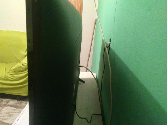 Tv smart com wi fi compreta pouco usada na caixa 43 polegadas - Foto 3