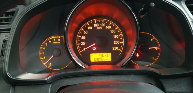 Honda Fit LX único dono todas revisões na Honda apenas 30mil km - Foto 12