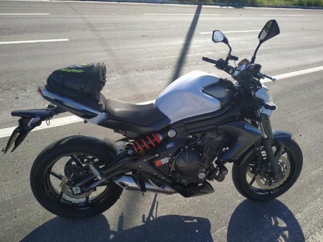 Kawasaki ER6N 650cc Estado de Nova - Particular