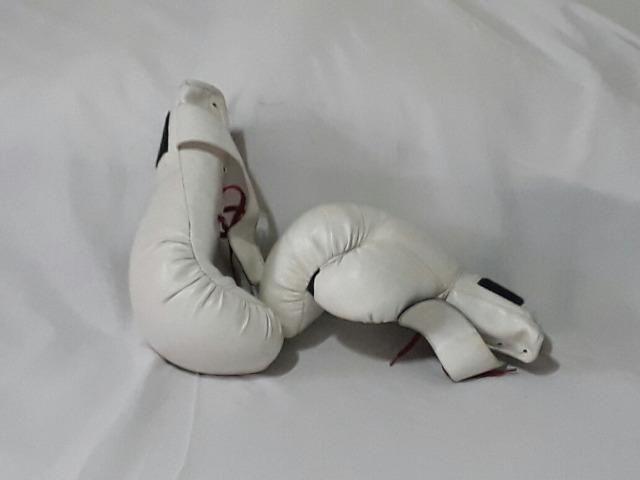 Luva de box branca profissional - Foto 3