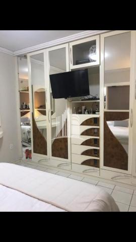 Apartamento 02 dormitórios no columbus tower quadra do mar com vista com a av. brasil ! - Foto 12