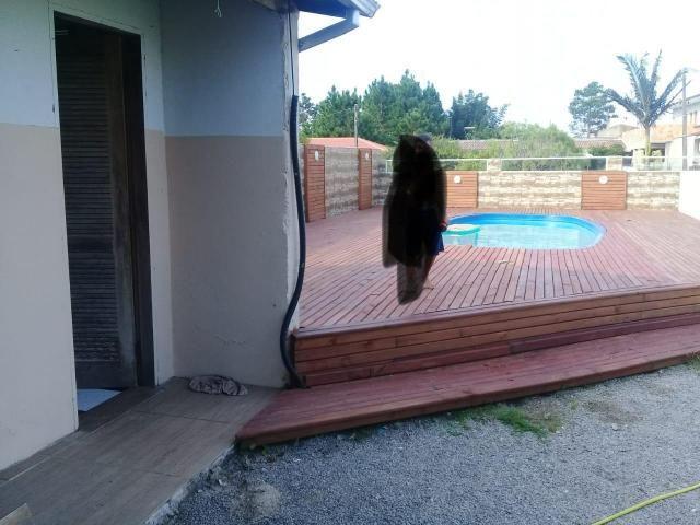 Alugo casa com piscina pinheira - Foto 3