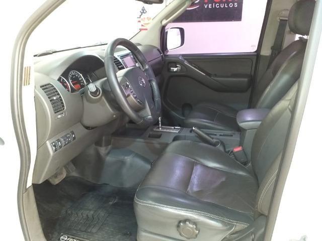 Nissan Frontier SL 2.5 TD CD 4x4 (aut) - Foto 10