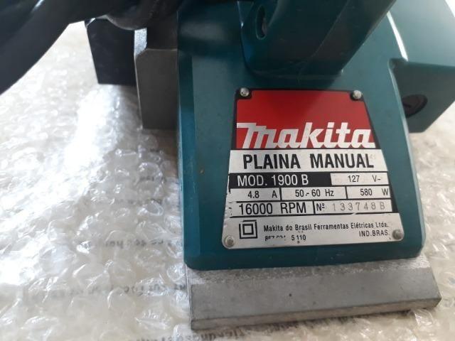 Plaina Elétrica Manual Profissional 1900 B 580W Makita (127v) - Foto 3