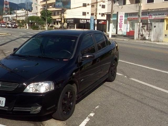 Astra Sedan Modelo Elite - Foto 13