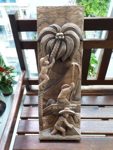 10x 44,00 Quadro Esculpido em madeira maciça, três pescadores na jangada