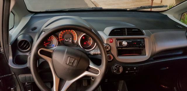 Honda Fit LXL 2010 - ipva total pago - Foto 2
