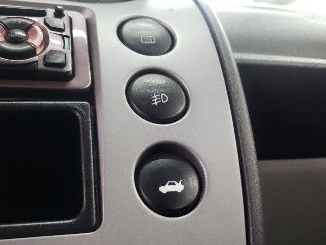 Fiesta Class 1.6 Completo - Foto 15